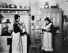1910 Kitchen