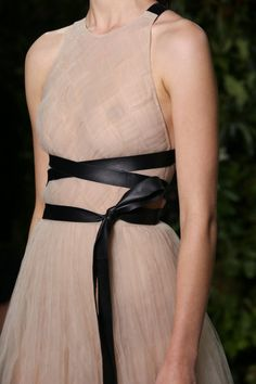 Valentino Fall 2014 couture collection | THEFASHIONGUITAR