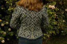 Ravelry: Elizabethan Jacket pattern by Jade Starmore