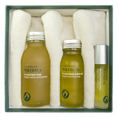 NATALIA PREGNANCY RELAXATION BOX - Your relationship with your baby begins long before they are born and encouraging relaxation and positive touch throughout your pregnancy can have long lasting positive effects for you and for your baby. Includes: Prenatal Bath Soak (100ml), Morning Sickness Ease (10ml pulse pointer), Prenatal Body & Bath Oil (60ml), Organic Ultra soft Cotton Flannel and Step By Step Pregnancy and Labour Massage Guide.