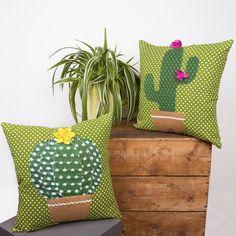 Cactus Diy Roundup - A girl and a glue gun, Sewing Pillows, Diy Pillows, How To Make Pillows, Decorative Pillows, Cushions, Decoration Cactus, Cactus Craft, Cactus Cactus, Prickly Cactus