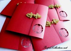 Chinese Gold Button Double Happiness Wedding Card Más