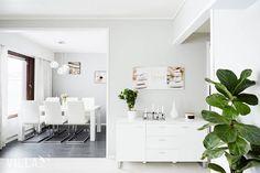 Niin raikasta ja valoisaa Kodin sijainti ➡ Pirjonkaivonkatu 17, Lukonmäki, Tampere www.villalkv.fi/myynnissa-nyt Double Vanity, Bathroom, Washroom, Full Bath, Bath, Bathrooms, Double Sink Vanity
