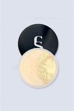 Our powder is available in a neutral shade and suitable for all skin types. O nosso pó está disponível em um tom neutro, e é adequado para todos os tipos de pele. Setting Powder, Concealer, Neutral, How To Apply, Cosmetics, Vegan, Makeup, Face, Face Products