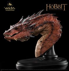 Buy The Hobbit: Smaug The Terrible - Bust Edition at Mighty Ape NZ. This epic piece joins Weta's range of finely crafted, highly detailed collectible polystone statues from Middle-earth. Smaug the Terrible – Bust Edit. Hobbit Smaug, Lotr, Hobbit Desolation Of Smaug, Smaug Dragon, Dragon Z, Clay Dragon, Fantasy Dragon, Dragon Scale, Alien Creatures