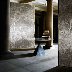 Shop for Wallpaper at Style Library: London 1832 by Zoffany. This large scale wallpaper was inspired by a fabric scarf from the Zoffany archive depicti. Free Wallpaper Samples, Buy Wallpaper Online, Zoffany Wallpaper, Wallpaper Panels, Interior Wallpaper, Home Wallpaper, Classic Wallpaper, Contemporary Classic, Classic Interior