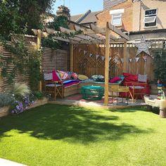 backyard patio ideas that will amaze & inspire 18 Backyard Sheds, Small Backyard Landscaping, Backyard Garden Design, Backyard Projects, Patio Design, Deck With Pergola, Pergola Patio, Backyard Patio, Outdoor Shade