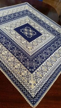 Lace Patterns, Crochet Patterns, Cross Stitch Embroidery, Cross Stitch Patterns, Scroll Saw, Needlework, Embroidery Designs, Diy And Crafts, Rugs