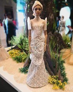 Mermaid Wedding, Dolls, Night, Wedding Dresses, Photos, Outfits, Collection, Instagram, Fashion