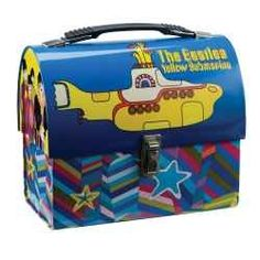 All kinds of lunch boxes for men. Lunch Boxes For Men, Vintage Lunch Boxes, Cool Lunch Boxes, Lunch Bags, Beatles Nursery, Living Dead Dolls, Yellow Submarine, Retro, The Beatles