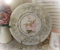 """Часы для дома ручной работы. Ярмарка Мастеров - ручная работа. Купить Часы настенные """"Любимые розы"""". Handmade. Розовый, гостиная"""