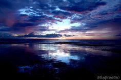 "veniceparisgreece:  fuckyeahphotography:   Photograph 101 Location: Kota Kinabalu, Malaysia ""Blue Sky Evening, Grey Sky Morning, Red Sky Night"""