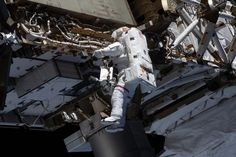 NASA Astronauts Complete Four-Year Effort to Upgrade the Batteries of the International Space Station's Power System Truss Structure, Space Tv, Tuskegee Airmen, Astronomy Pictures, Nasa Astronauts, International Space Station, Spacecraft, Aim High, Cameras
