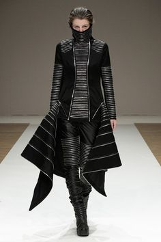 Liberum Arbitrium SS 2012, future fashion, avant-garde, futuristic clothing, black clothing, model, futuristic girl, black, cyberpunk style, futuristic style