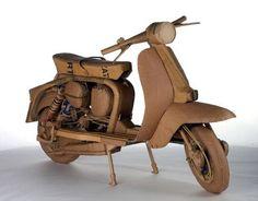 Motocicleta Vespa de Carton a escala 1:1 http://miniaturasjm.com