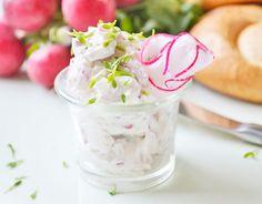 Das Rezept für Radieschentatar ist ein leckerer Aufstrich mit Radieschen, Rettich und Topfen.