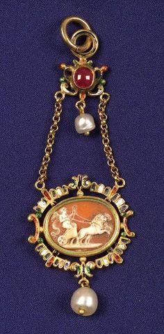 Antique Enamel and Gem-set Shell Cameo Pendant