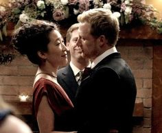 27 Reasons Why Cristina Yang Is Everything You Aspire To In Life  12.She boldly wore red at her wedding. Grey's anatomy