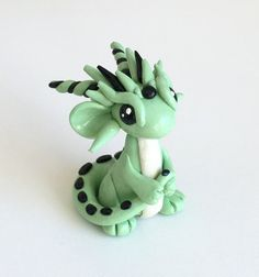 Polymer Clay Dragon Sculpture Green von CatherineBradlyArts auf Etsy