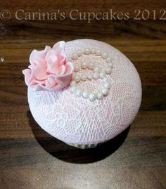 Edible Lace tutorial that you don't need liquid lace for! done with fondant, superwhite, and lace imprint mat!