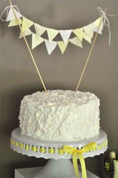 Super-sweet bunting cake topper! #projectnursery #babyshower #grayandyellow