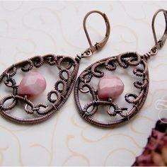 Wire wrapped teardrop earrings | JewelryLessons.com