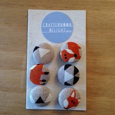 Small foxy buttons by CrafternoonD on Etsy, £2.50