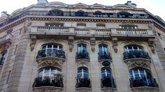 Quelle élégance  #Paris June 2014  www.pinterest.com/annbri/