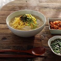 잔치국수 (Janchi Noodles)