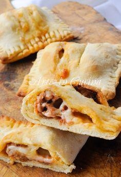 Fagottini con salsiccia provola e pomodoro vickyart arte in cucina
