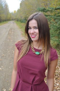 Melanie of bornlippy  Oia Jules Chunky Gold Chain & Green Agate necklace  oiajules.com