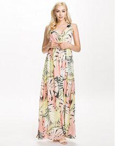 B.Young Hawai Dress