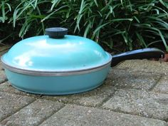 Vintage Club Aluminum Cookware Small Skillet & LID Turquoise Cooking Kitchenware