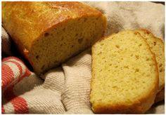 Jag är så glad att det finns så många goda bröd att baka som inte innehåller så många kolhydrater  :) Det går inte att förneka att det är ...