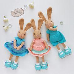 Bunny Crochet, Knitted Bunnies, Easter Crochet, Crochet For Kids, Crochet Animals, Crochet Toys, Crochet Dolls Free Patterns, Baby Knitting Patterns, Amigurumi Patterns