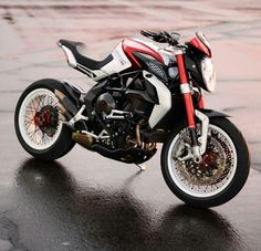 Might make this my new goal to work for.... Mv Agusta 800 Dragster