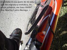 Nosotros somos los verdaderos héroes, los que salimos en la mañana a pedalear para ponernos en forma físicamente y disfrutar de un bello amanecer, somos héroes ciclistas
