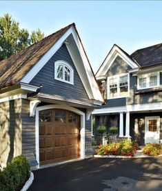 Awesome 57 Exterior Paint Colors For House With Brown Roof. More at trendecor.co... - http://home-painting.info/awesome-57-exterior-paint-colors-for-house-with-brown-roof-more-at-trendecor-co-2/