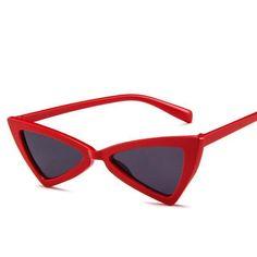 f0c058e800 1990s Cat Eye Sunglasses Vintage Triangle Glasses