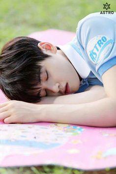 My sleepy eunwoo Astro Eunwoo, Cha Eunwoo Astro, Cha Eun Woo, K Pop, Astro Wallpaper, Lee Dong Min, Pre Debut, Wattpad, Sanha