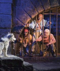 walt disney world pirates of the caribbean ride -