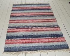 a-traditional-handwoven-swedish-rug