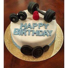 Birthday cake for boyfriend car 29 trendy Ideas 18th Birthday Cake For Guys, Birthday Cake For Boyfriend, 25th Birthday Cakes, Bithday Cake, Cake Decorating Videos, Birthday Cake Decorating, Crossfit Cake, Fitness Cake, Gym Cake