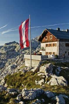 Morning at Ingolstädter Haus, 2120m, Saalfelden am Steinernen Meer - Austrian alps   47.503526, 12.887335