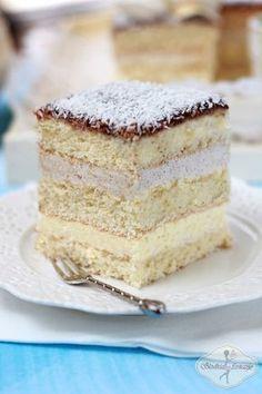 Ciasto anielskie na komunię - Angel cake Holiday Desserts, No Bake Desserts, Delicious Desserts, Polish Desserts, Polish Recipes, Potica Bread Recipe, Polish Cake Recipe, Baking Recipes, Cake Recipes