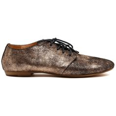 High on trend and super comfortable, this charming lace-up shoe is an everyday essential. Style with anything and everything, this shoe is the perfect piece you can wear anywhere. Lace Up Shoes, Dress Shoes, Fashion Forward, Fashion Shoes, Oxford Shoes, Footwear, Flats, Uni, Heels