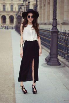 Hình ảnh từ http://m5.paperblog.com/i/55/558062/my-style-summer-maxi-skirt-outfit-L-oVamK8.jpeg.