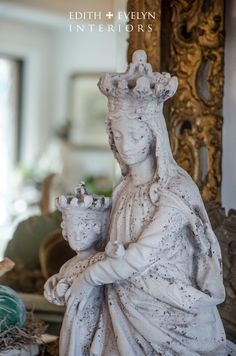 Mary Queen of Heaven and Christ Child Statue. This is a fabulous statue of the Virgin Mary, Queen of Heaven, and the Christ child. It is a nice