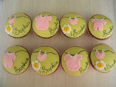 cupcakes chá de bebê da Sophia   by A de Açúcar Bolos Artísticos