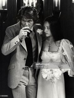 DeanPaul Martin and Olivia Hussey attending 'DeanPaul Martin and wife Olivia Hussey Wedding Ceremony' on April 17 1971 in Las Vegas Nevada Celebrity Wedding Dresses, Modest Wedding Dresses, Celebrity Weddings, Crochet Wedding Dress Pattern, Wedding Dress Patterns, Carolyn Bessette Wedding, Wedding Bride, Dream Wedding, Wedding Ceremony